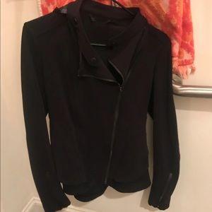 Lululemon Black bustle jacket